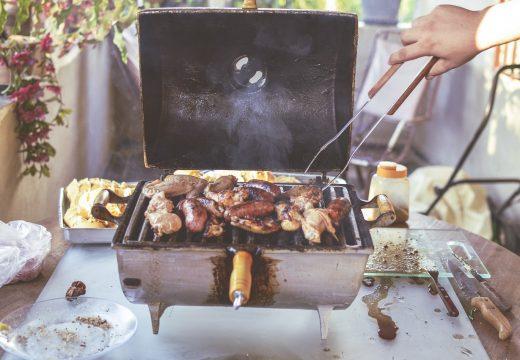 Réussir sa barbecue party sur un balcon